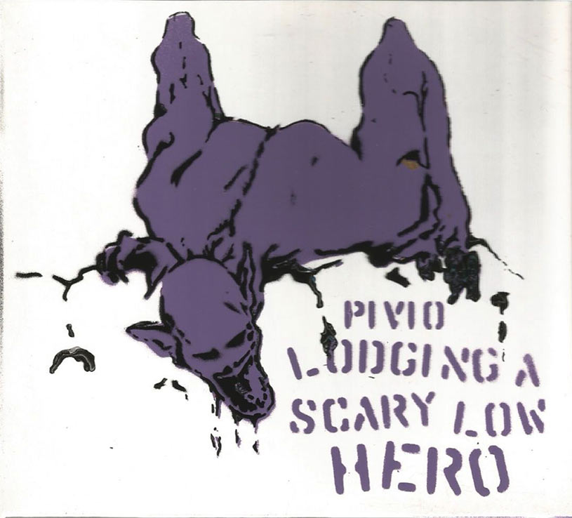 Lodging a Scary Low Heroes - bianco cover viola e nero